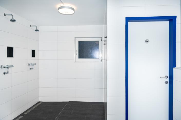 Ausstattung Trainingszentrum |Nassbereich Herren |Act & Respond GmbH